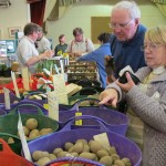 Choosing potatoes from over 80 varieties